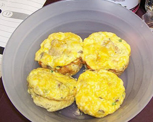 Easy Egg Muffins - Clean Eating Breakfast